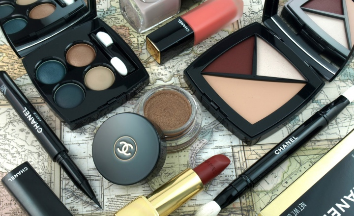 «Путевые заметки» Chanel: осенняя коллекция макияжа Travel Diary