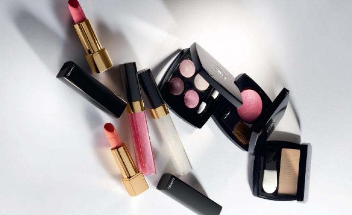 Сияющий вихрь: азиатская коллекция косметики Chanel