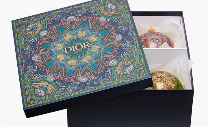 Идеальные елочные шары Dior: фото