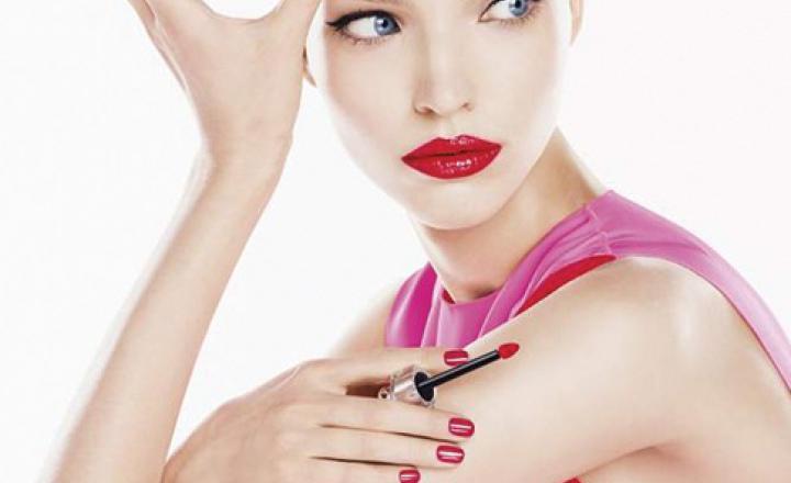Гибридный флюид: весенняя новинка для губ Dior