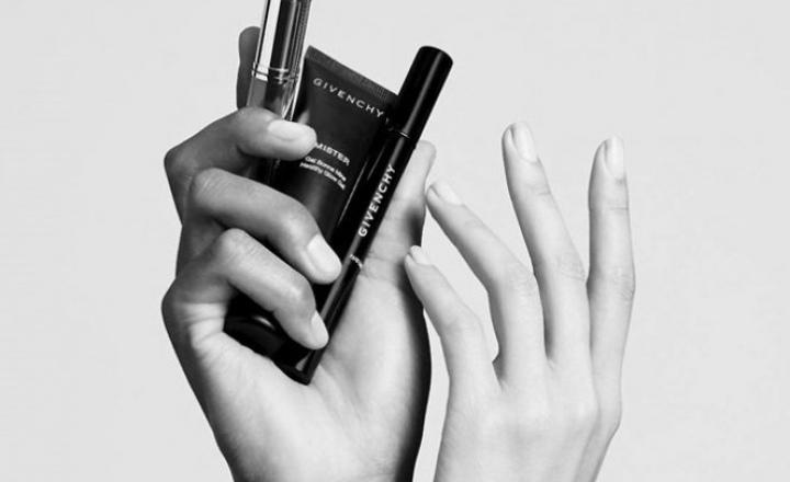Givenchy выпустили первую коллекцию унисекс-средств для макияжа