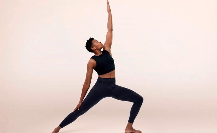 Первая коллекция Nike для йоги