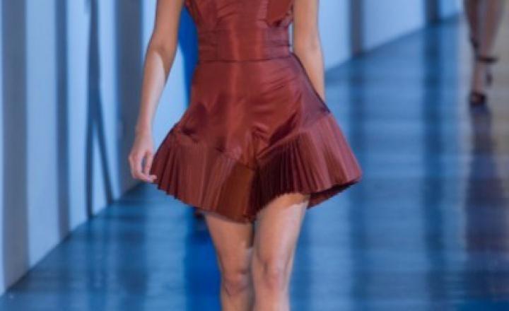 Новая коллекция Thierry Mugler на Неделе моды в Париже