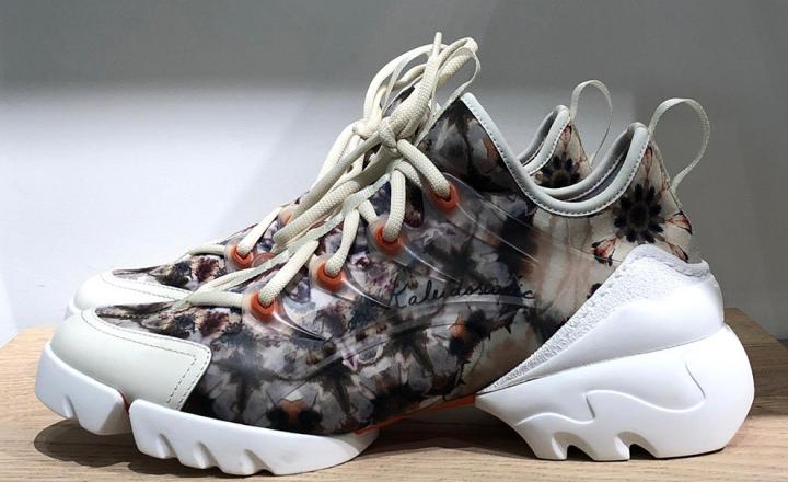 Новые, очень крутые кроссовки Christian Dior
