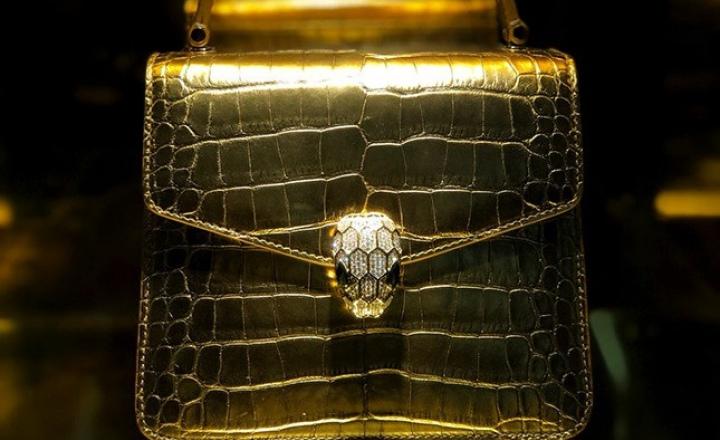 Сумка с бриллиантами и другие новинки в обновлении культовой коллекции Bvlgari Serpenti