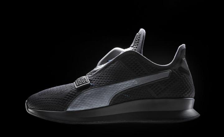 Puma создали кроссовки, которые завязываются со смартфона