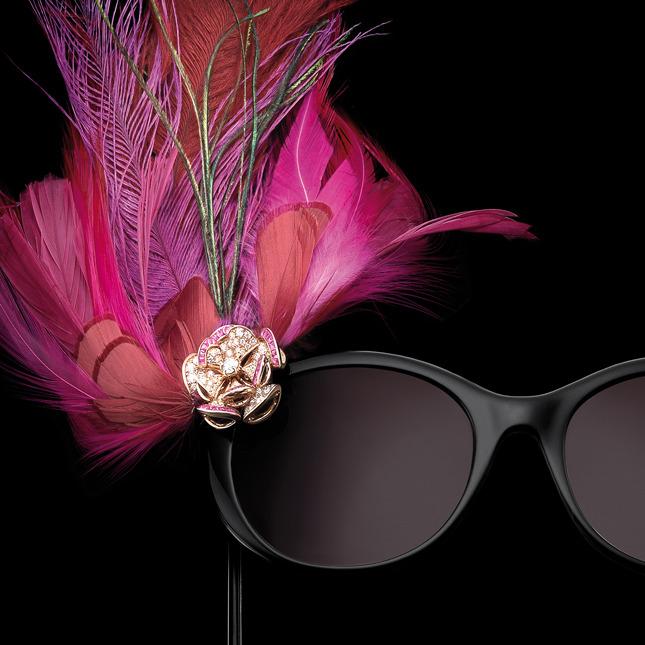 Венецианская маска: очки Bvlgari с плюмажем и бриллиантами