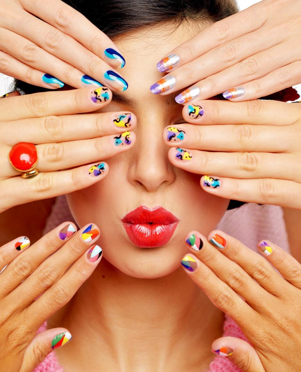 """Сеть салонов """"Пальчики"""" - оазис красоты для ваш рук и ног!"""